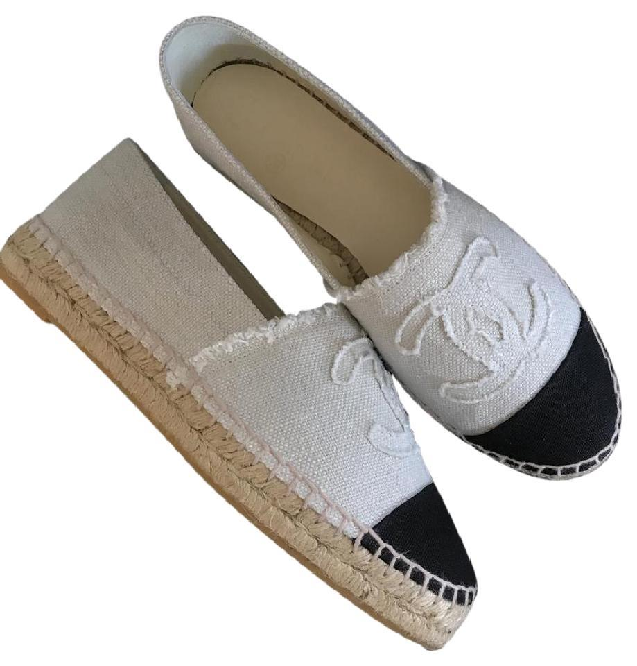 7b20de27c9b Chanel Beige/Black Canvas Linen Cc Double Sole Espadrille Flats Size EU 36  (Approx. US 6) Regular (M, B)