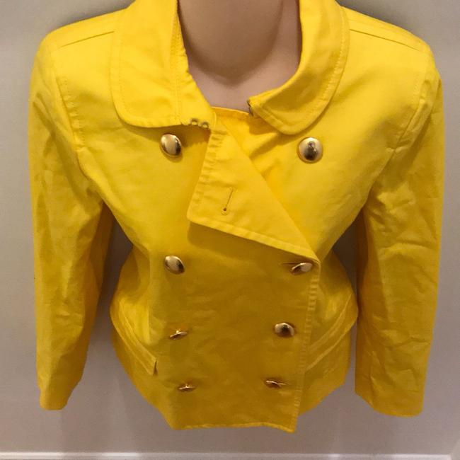 J.Crew Yellow Fitted Trench. Coat Size 6 (S) J.Crew Yellow Fitted Trench. Coat Size 6 (S) Image 2