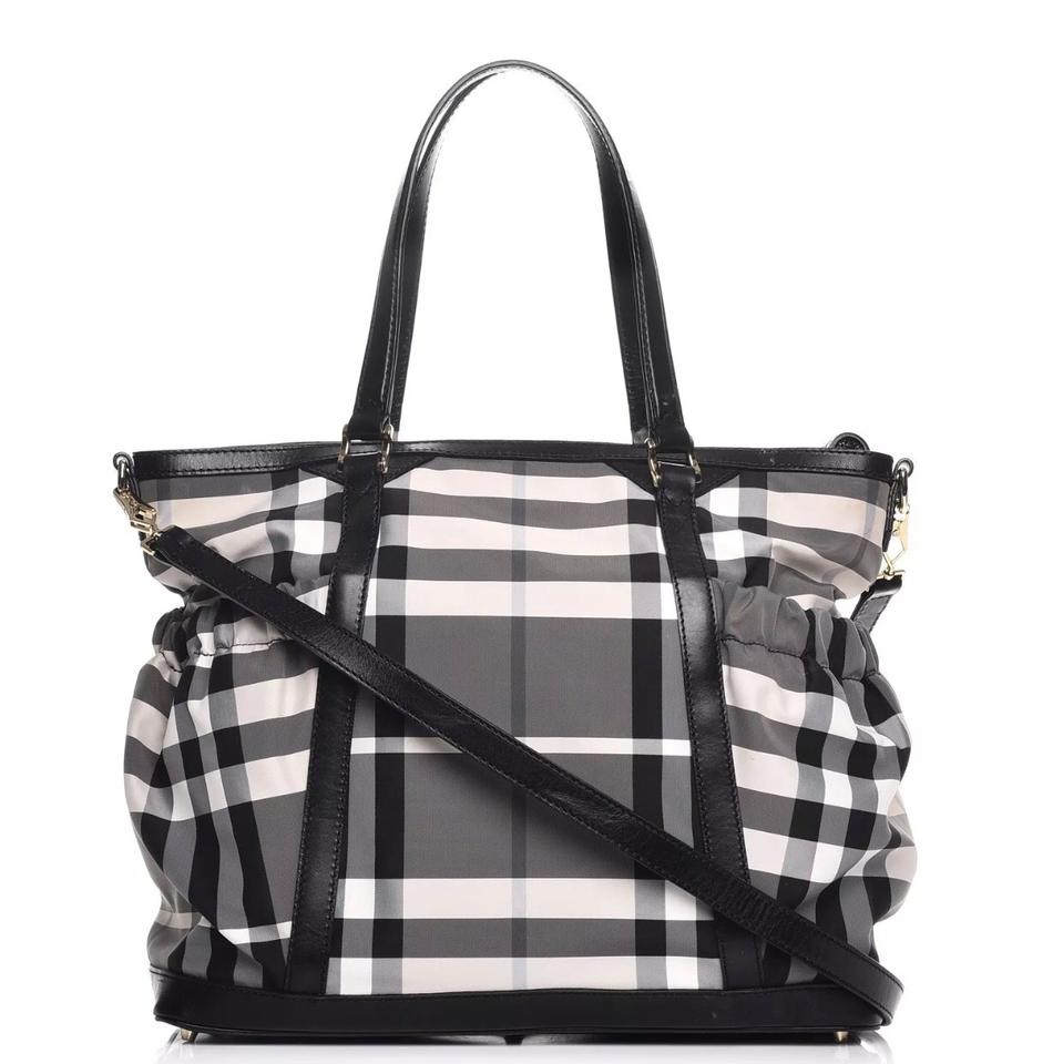 af91e5386e5 Burberry Tote Nova Check Black Canvas Diaper Bag - Tradesy