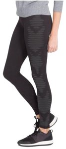 Spanx Minimal Seams Smooth Fit Subtle Side Design Flattering Pull-on Styling Gray Leggings