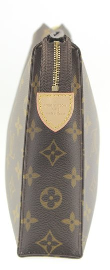 Louis Vuitton Toiletry Image 6