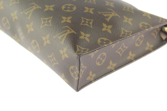 Louis Vuitton Toiletry Image 9