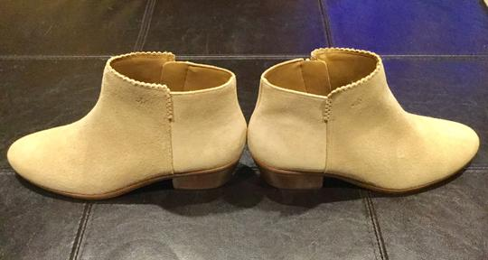 Jack Rogers Genuine Suede Ankle Short Scalloped Sand Boots
