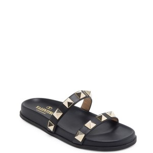 Valentino black leather with large golden studs Sandals