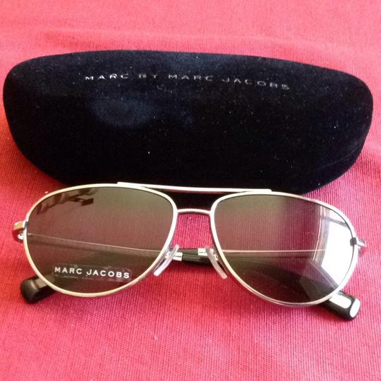 Marc Jacobs Marc Jacobs Aviator Sunglasses with Case NEW