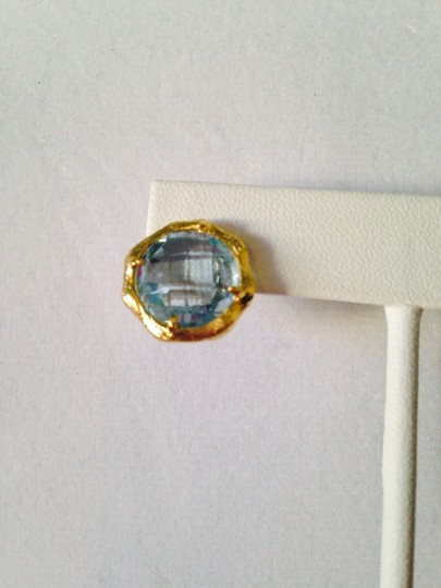Mia Fiore NWOT Faceted Blue Topaz Gemstone In 14kt Gold-Plate Stud Earrings Image 2