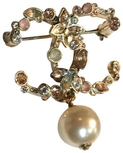 Chanel New with Tag 16C Gold Pearl w Pink Fairy Bouquet Brooch
