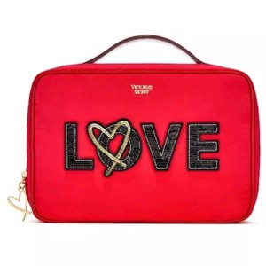 1d7eed19d5fa Victoria's Secret Cosmetic Bags - Up to 70% off at Tradesy