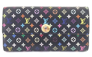 Louis Vuitton Limited Edition Green interior Monogram Long Flap Pocket Card Sarah