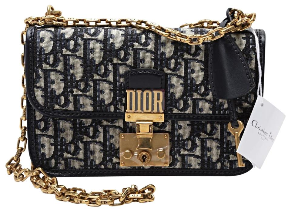 13943fd8a5b Dior Fw 2017 Runway Addict Flap Pu Navy   Gold Canvas Shoulder Bag ...