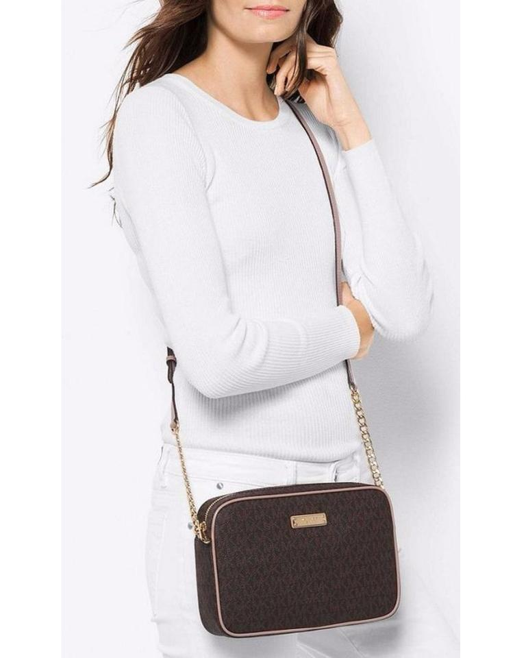 c496c0eee2cb Michael Kors Signature Jet Set Item Large East West Brown/Fawn Leather Cross  Body Bag - Tradesy
