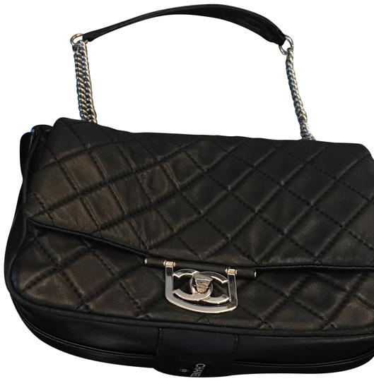 Preload https://img-static.tradesy.com/item/22901181/chanel-255-reissue-jumbo-icons-secret-label-classic-quilted-flap-black-silver-hardware-lambskin-leat-0-1-540-540.jpg
