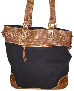 Aéropostale Tote in black & brown