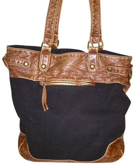 Preload https://img-static.tradesy.com/item/22901274/aeropostale-black-and-brown-fabric-faux-leather-tote-0-1-540-540.jpg