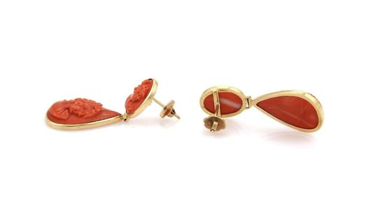 Other Vintage 18k Yellow Gold Carved Coral Women Drop Dangle Earrings