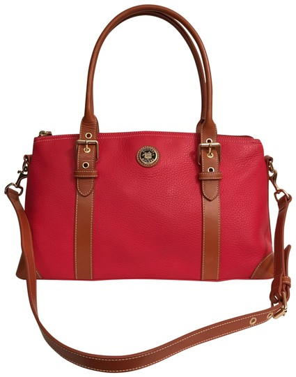 Preload https://img-static.tradesy.com/item/22901420/dooney-and-bourke-red-brown-leather-satchel-0-1-540-540.jpg