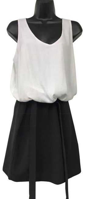 Preload https://img-static.tradesy.com/item/22901677/ax-armani-exchange-whiteblack-ax-and-colorblock-belted-short-casual-dress-size-8-m-0-2-650-650.jpg