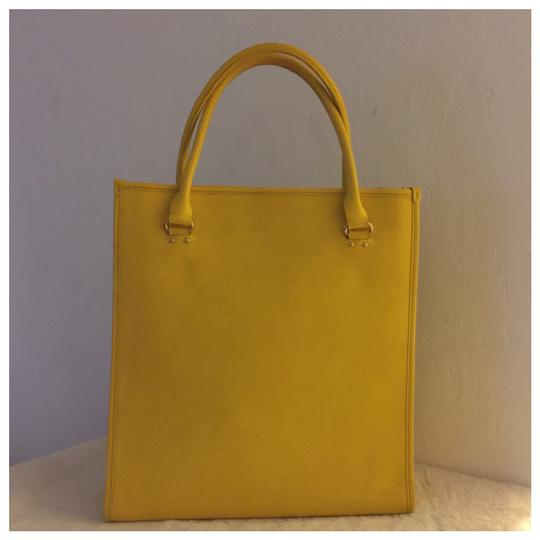 Kate Spade Tote in yellow