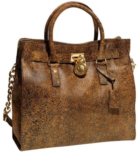 Preload https://img-static.tradesy.com/item/22901862/michael-kors-hamilton-ns-brown-large-satchel-distressed-mocha-leather-soft-tote-0-1-540-540.jpg