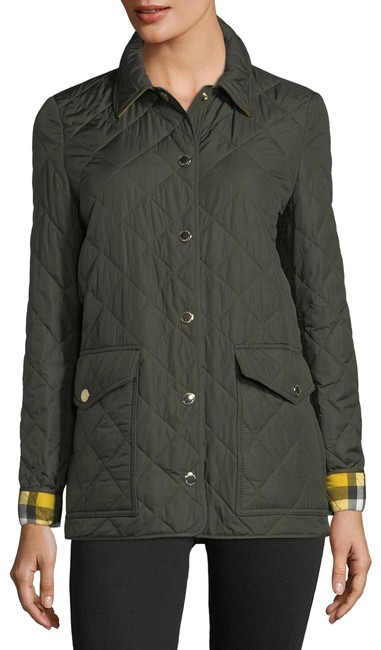 Preload https://img-static.tradesy.com/item/22902033/burberry-military-green-small-4-6-westbridge-quilted-spring-jacket-size-6-s-0-1-650-650.jpg