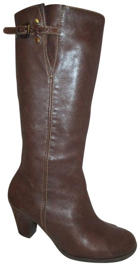 Preload https://img-static.tradesy.com/item/22902687/brown-lucia-leather-bootsbooties-size-us-75-regular-m-b-0-1-540-540.jpg