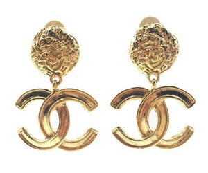 Chanel Chanel Vintage 24K Gold Plated CC Textured Clip on Earrings