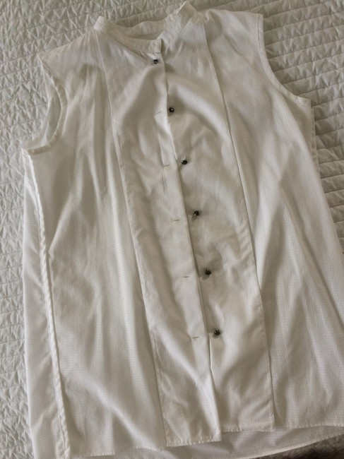 cacharel Colorless Tuxedo Style Sleaveless Button Down Shirt white