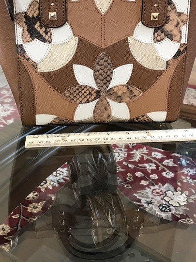 Michael Kors Mk Saffiano Leather Patchwork Spring Mothers Day Satchel in luggage Image 4