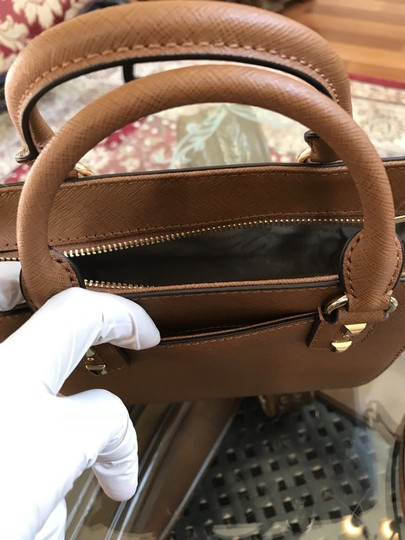 Michael Kors Mk Saffiano Leather Patchwork Spring Mothers Day Satchel in luggage Image 2