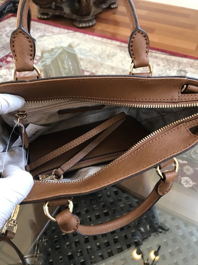 Michael Kors Mk Saffiano Leather Patchwork Spring Mothers Day Satchel in luggage Image 6