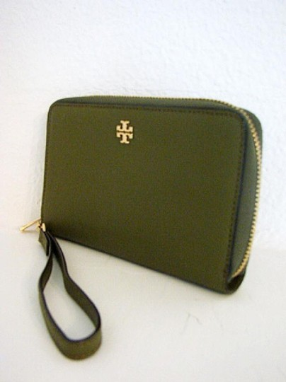 Tory Burch NWT TORY BURCH ROBINSON ZIP AROUND SMARTPHONE WALLET Image 1