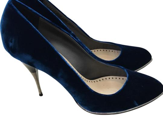Preload https://img-static.tradesy.com/item/22904475/stella-mccartney-deepmarine-blue-pumps-size-eu-39-approx-us-9-regular-m-b-0-1-540-540.jpg