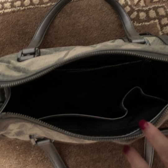 Burberry Satchel in silver Grey Image 2