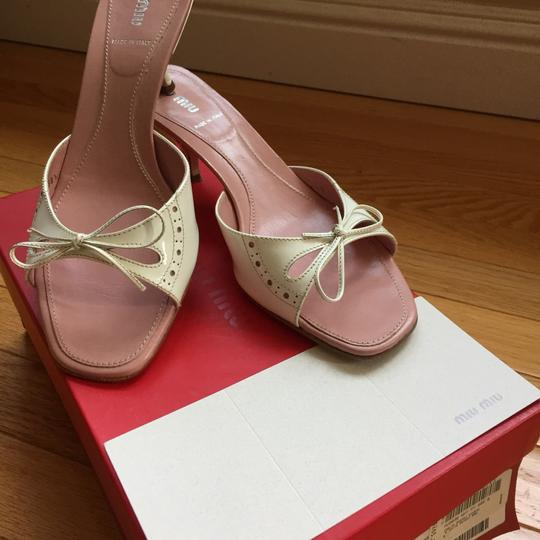 Miu Miu Patent Leather Kitten Heels Bow Brogue Pink Insoles White Sandals Image 10