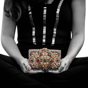 Gemmarati (Diva) with Red and Green stones Clutch - item med img