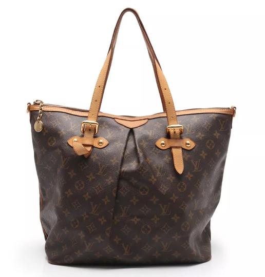 Preload https://item2.tradesy.com/images/louis-vuitton-palermo-gm-with-strap-monogram-canvas-cross-body-bag-22905646-0-12.jpg?width=440&height=440