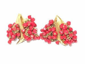 Miriam Haskell Vintage 1940s-50s Miriam Haskell Red Glass Beaded Earrings