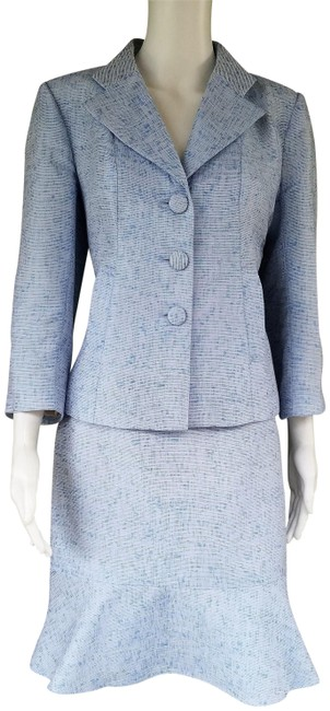 Preload https://img-static.tradesy.com/item/22905910/kay-unger-blue-tweed-career-flounce-skirt-suit-size-6-s-0-1-650-650.jpg