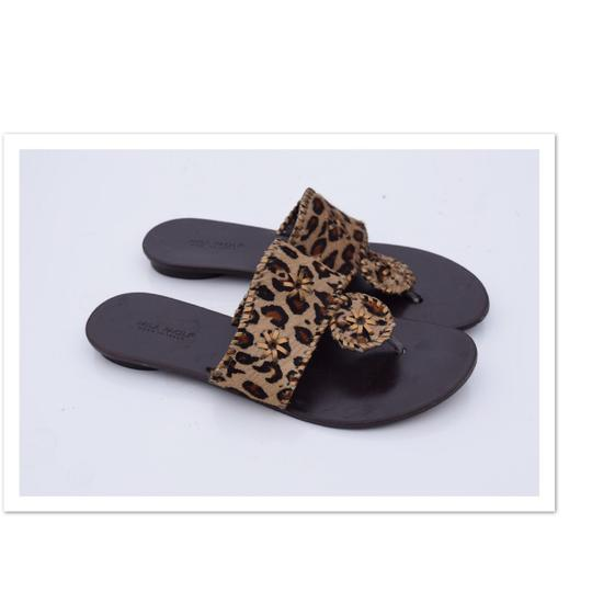 Preload https://img-static.tradesy.com/item/22906032/mila-paoli-brown-leopard-print-sandals-size-us-9-regular-m-b-0-0-540-540.jpg