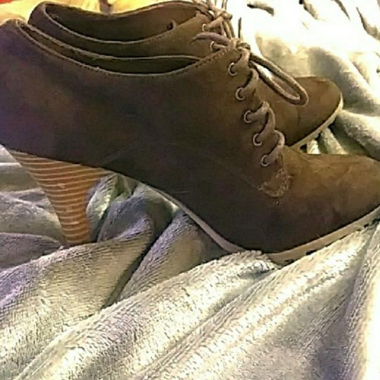 American Eagle Outfitters Brown Boots