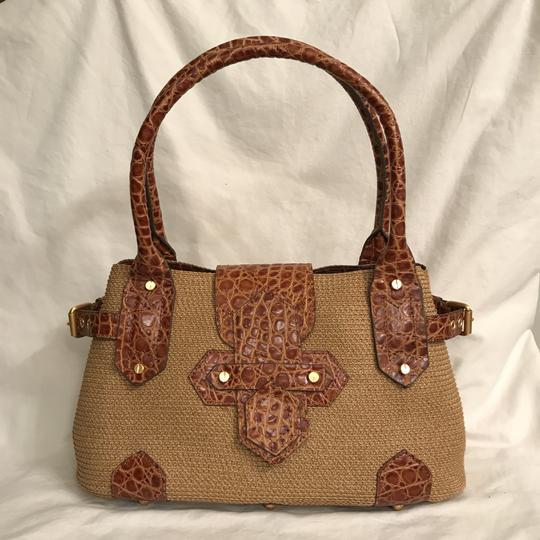 Preload https://img-static.tradesy.com/item/22906245/eric-javits-classic-and-leather-trim-beige-brown-woven-tote-0-0-540-540.jpg