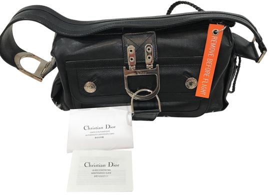 Preload https://img-static.tradesy.com/item/22906309/dior-remove-before-flight-black-leather-shoulder-bag-0-1-540-540.jpg
