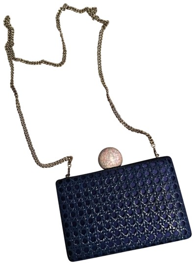 Preload https://img-static.tradesy.com/item/22906428/stella-mccartney-rattan-box-clutch-cobalt-navy-blue-cross-body-bag-0-1-540-540.jpg