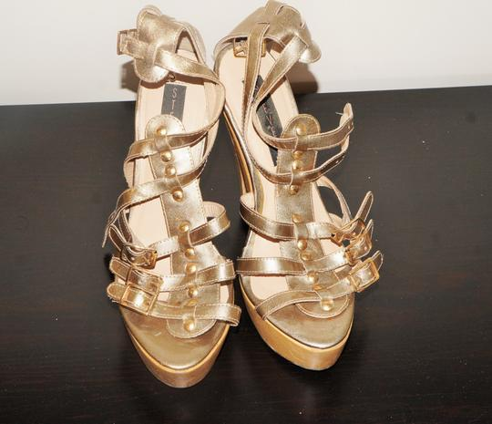 Steve Madden Platinum All Gladiator Pump Platform Sandals