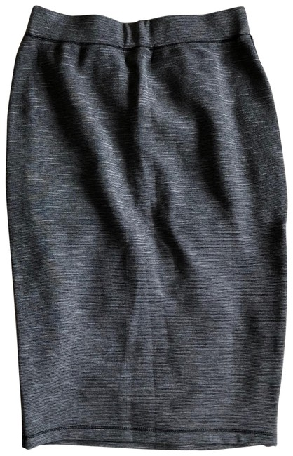 Preload https://img-static.tradesy.com/item/22906651/michael-stars-pencil-skirt-size-0-xs-25-0-1-650-650.jpg