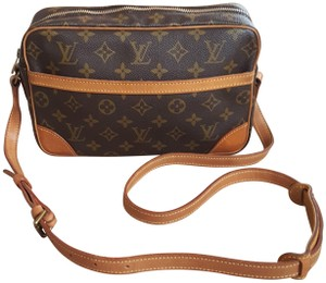 Louis Vuitton Trocadero Lv Trocadero Shoulder Bag