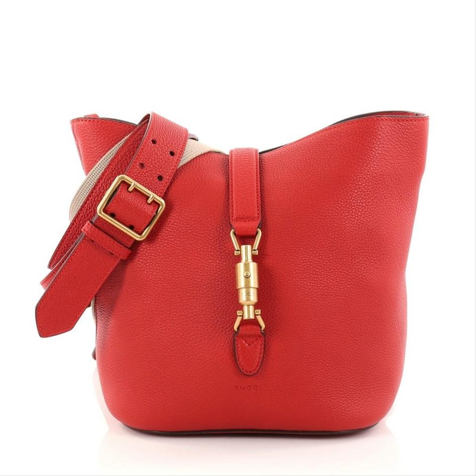 21c813d0f5c Gucci Jackie Soft Bucket Red Leather Shoulder Bag - Tradesy