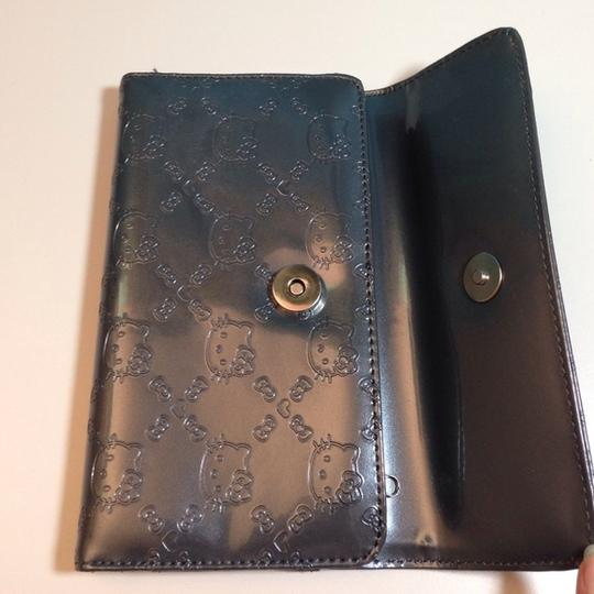 Hello Kitty NWT Hello Kitty Embossed Grey Trifold Wallet Image 1