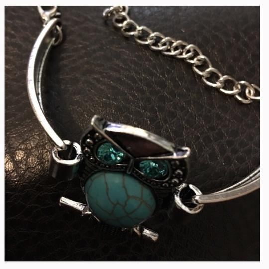 Queenesthershop Ladies Turquoise Owl Bracelet With Blue Stones