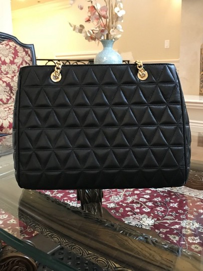 Michael Kors Quilted Leather Chain Gift Shoulder Bag Image 3